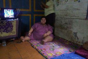 Silvia Terpaksa Putus Sekolah karena Malu Punya Berat Badan 179,3 Kg (1)