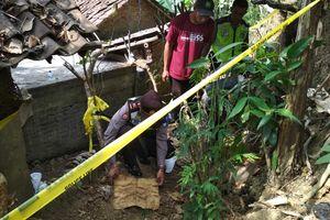 'Mbah Yam Memang Terkenal Bisa Pijat, Tak Sangka Banyak Janin Dikubur di Rumahnya'