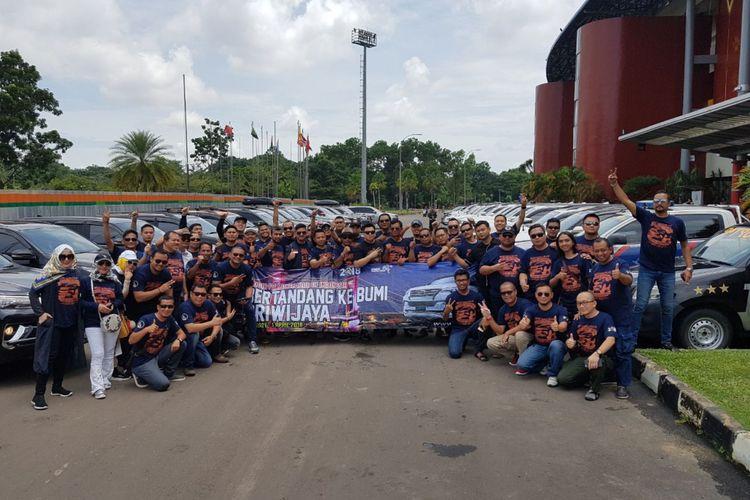 Komunitas Fortuner city tour di Palembang.