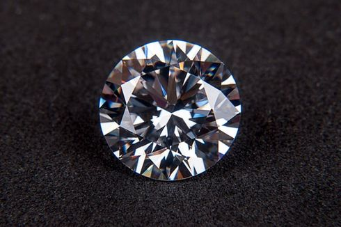 Peneliti Temukan Cara Menekuk dan Meregangkan Berlian