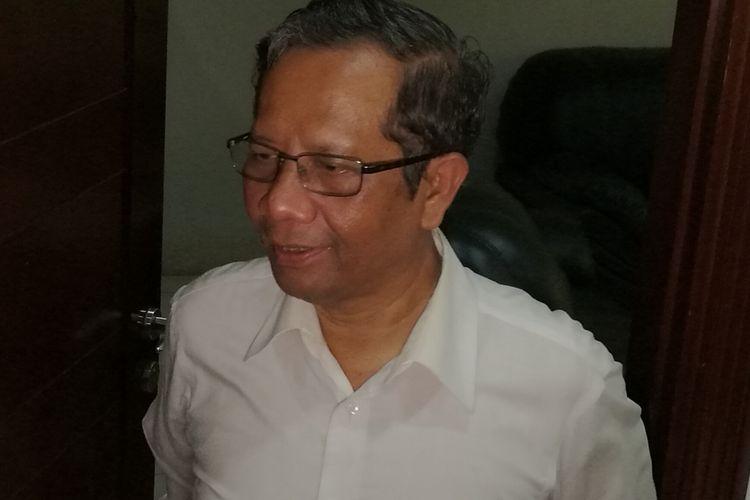 Mantan Ketua Mahkamah Konstitusi (MK) Mahfud MD di Jakarta, Kamis (16/11/2017)