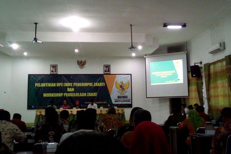 Bupati Sri pada acara Pelantikan Unit Pengumpul Zakat dan Workshop Pengelolaan Zakat di Gedung Riptaloka Pemkab Grobogan, Kamis (7/12/2017).