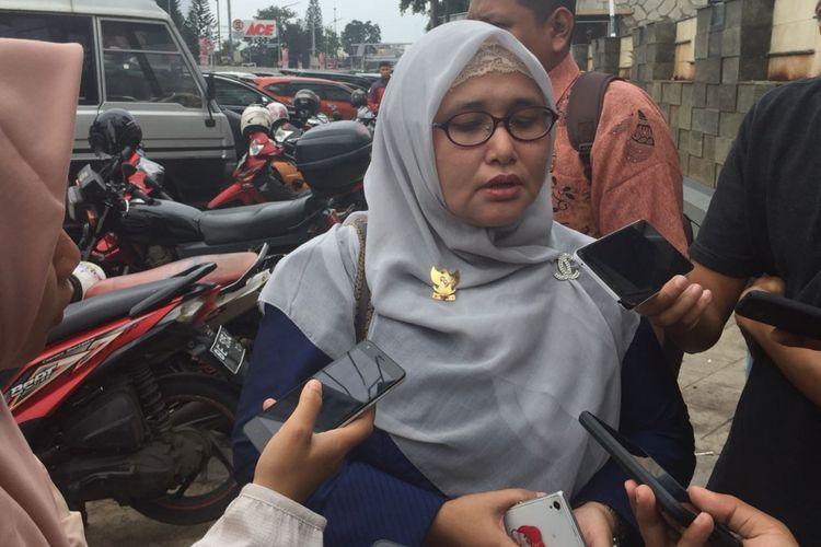 Komisioner KPAI Anak Berhadapan Hukum Putu Elvina di Polres Jakarta Timur, Selasa (13/2/2018)