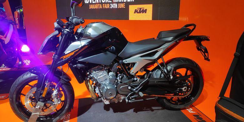 KTM perkenalkan 790 Duke dan Adventure di Jakarta Fair Kemayoran,  Senin (24/6/2019)