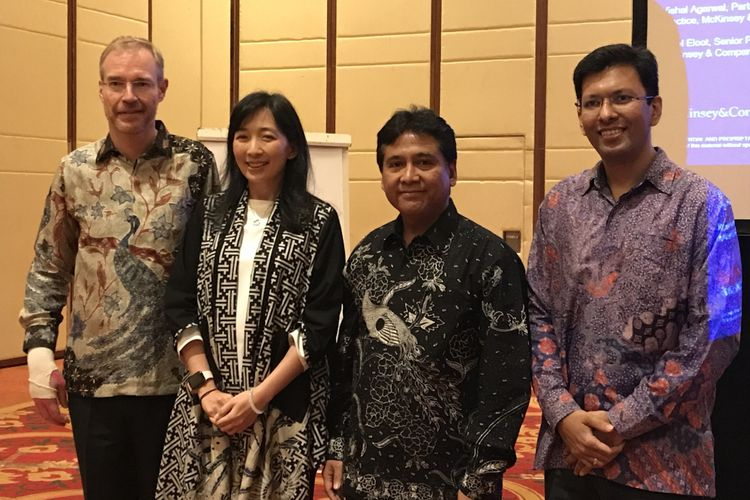 Konferensi Pers CEO Forum Embracing Industry 4.0 Opportunity di Ritz-Calrton Pacific Place Jakarta Pusat, Senin (10/12/2018)