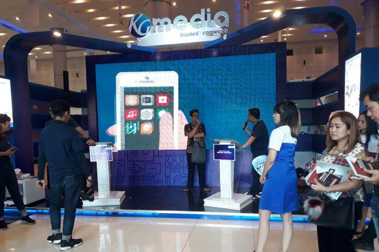 Stand KG Media di Pameran Karya Pers Dan Teknologi Informasi di Grand City Surabaya, Jumat (8/2/2019)