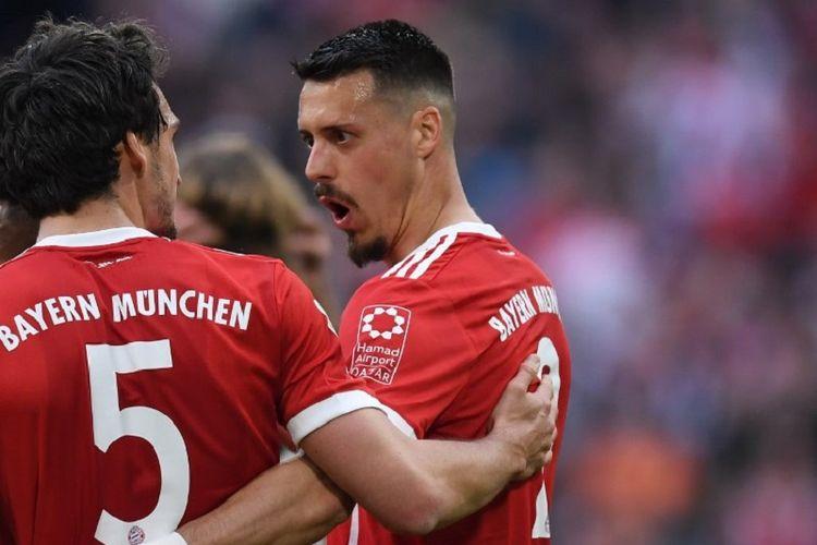 Sandro Wagner merayakan gol Bayern Muenchen ke gawang Borussia Moenchengladbach pada pertandingan Bundesliga di Stadion Allianz Arena, Sabtu (14/4/2018).