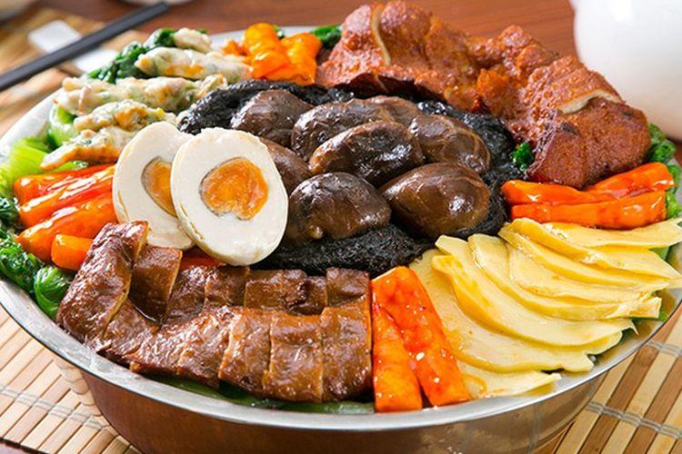 Poon choi, makanan kuno yang eksis sampai sekarang dari Kanton.