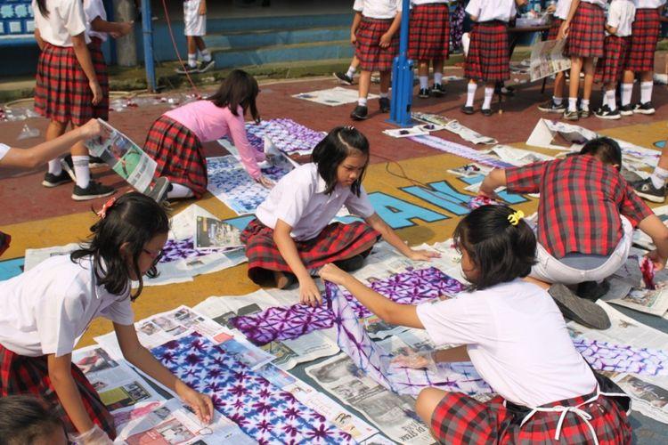 Pesan Hari Batik Nasional Untuk Siswa Zaman Now Kompas Com