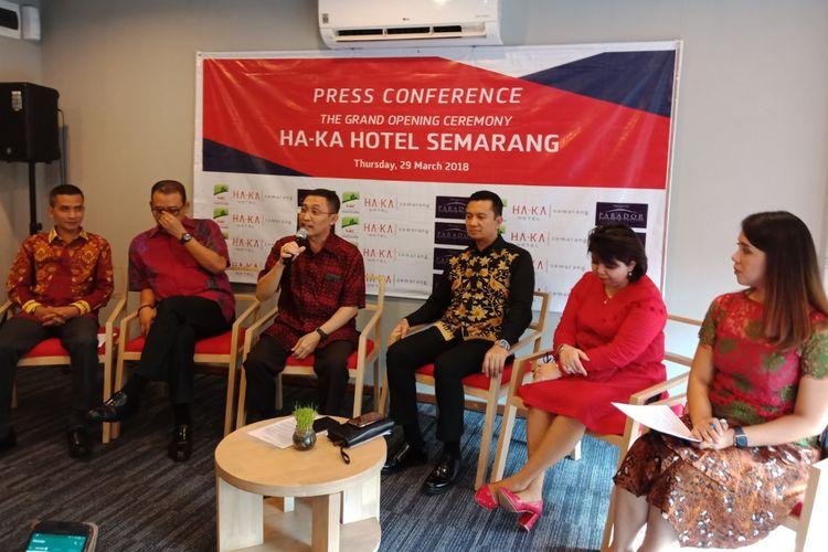 Konfrensi pers Grand Opening Ha-Ka Hotel Semarang, Kamis, (29/3/2018).