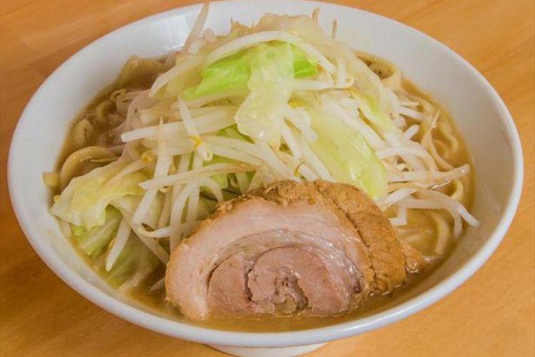 Mini ramen buta hitokire-tsuki/mini ramen dengan satu potongan daging babi untuk pemula