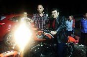 Ekspresi Terkejut Rhoma Irama Diberi Saweran Motor Harley Davidson
