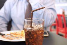 Gemar Makan 'Junk Food' di Usia Remaja, Pengaruhi Sperma saat Dewasa