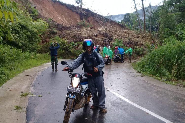 Longsor susulan terjadi di Kabupaten Lebong, Bengkulu, Minggu (10/2/2019) pukul 15.00 wib (poto: Haris Santoso)