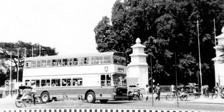 Kisah Bis Tingkat di Indonesia Diawali dengan Leyland Titan pada 1968