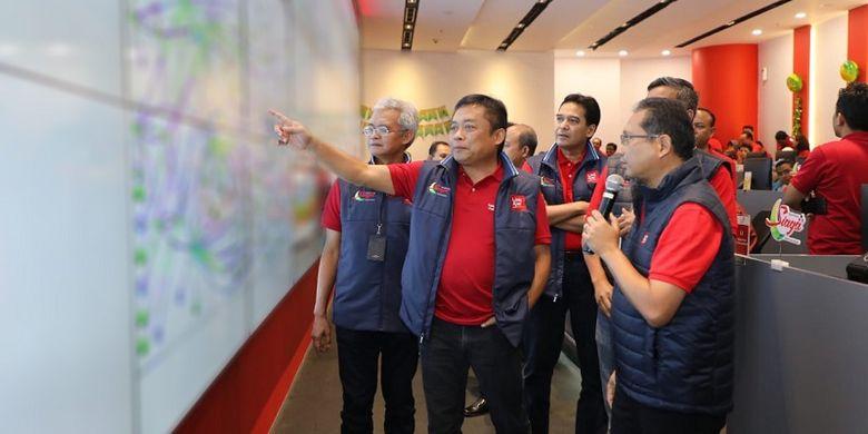 Direktur Utama Telkom Ririek Adriansyah meninjau kesiapan Posko RAFI