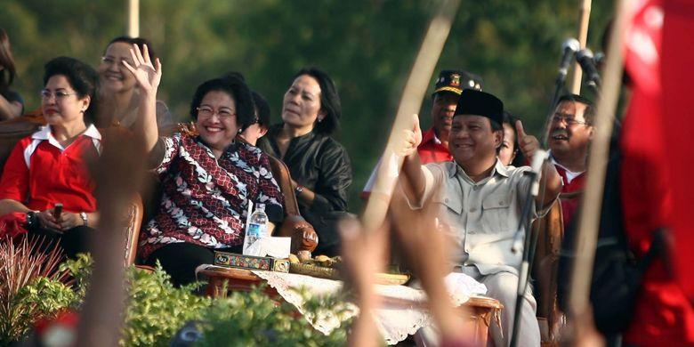 Hari Ini 9 Tahun Lalu, Melihat Kembali Kekompakan Mega-Prabowo