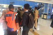 E-Ticketing Sudah Normal, Penumpang KRL di Stasiun Juanda Masih Kebingungan
