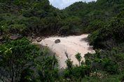 Menikmati Kesendirian di Pantai Ngitun, Gunungkidul