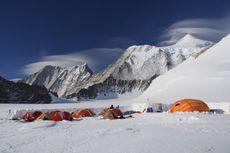 Mapala UI Gapai Puncak Gunung Tertinggi di Benua Antartika