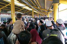 Reuni Akbar 212 Berakhir, 2 Rangkaian KRL Ditambah untuk Kurangi Kepadatan di Stasiun