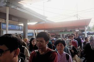 Calo di Stasiun Depok Mengaku Dapat 50 Tiket Kertas dari Petugas