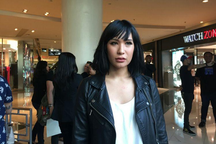 Tiara Eve ketika ditemui wartawan setelah jumpa pers Dance Music Nation di Coffee Bean and Tea Leaf Grand Indonesia, Jakarta Pusat, Rabu (13/9/2017).