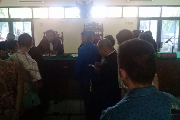 Sidang pemeriksaan saksi dalam kasus tewasnya taruna Akpol di Pengadilan Negeri Semarang, Selasa (26/9/2017).