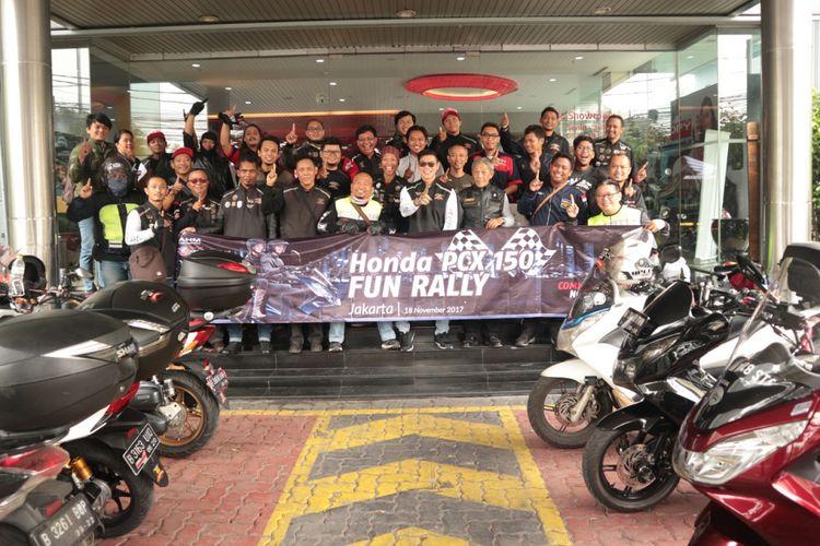 Honda PCX touring.