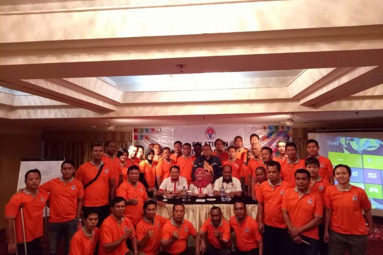 Sejumlah pelatih olahraga disabilitas mengikuti pelatihan untuk meningkat prestasi atlet Indonesia pada Asian Para Games 2018, di Hotel Ambhara Blok M, Jakarta, pada 5-9 Desember 2017.