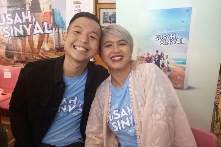 Ernest Prakasa dan Meira Anastasia saat dijumpai di Hong Kong Kafe, Menteng, Jakarta Pusat, Selasa (9/1/2018).