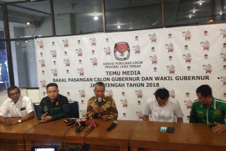 KPU Jateng menyelenggarakan pleno penetapan pasangan calon Gubernur-Wakil Gubernur, Senin (12/2/2018)