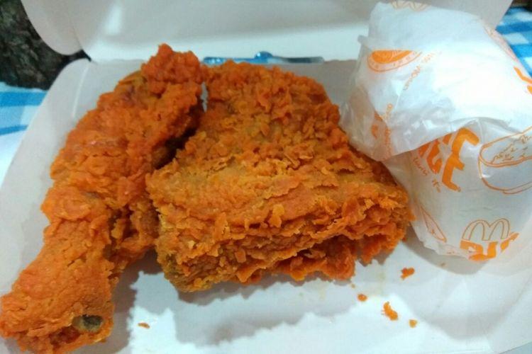 Gerai cepat saji Mcdonalds merilis makanan baru yaitu chicken spicy.