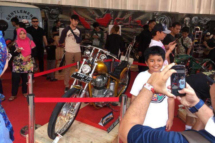 Motor chopper Jokowi di IMS 2018 diserbu pengunjung.