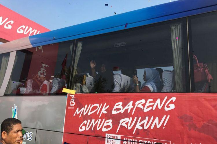 Suasana pelepasan Mudik Bareng BUMN 2018 di Pantai Karnaval Ancol, Jakarta Utara, Sabtu (9/6/2018). Menteri BUMN Rini Soemarno bersama para direktur utama BUMN memimpin secara simbolis pelepasan mudik tersebut.