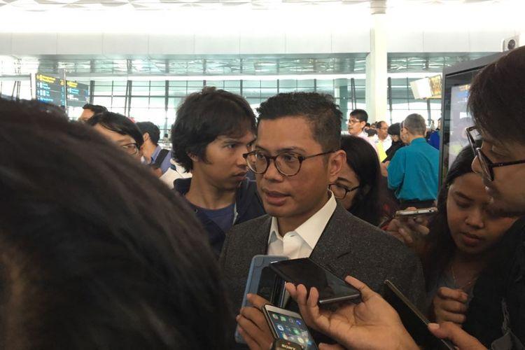 Direktur Utama Garuda Indonesia Pahala Nugraha Mansury saat mengecek arus mudik di Terminal 3 Bandara Soekarno-Hatta, Tangerang, Senin (11/6/2018).