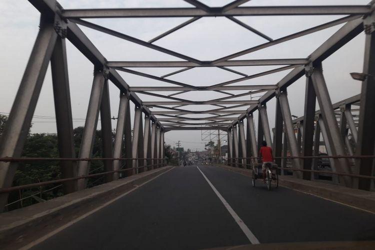 Kondisi Jembatan Comal di Jalan Raya Pantura, Pemalang ke arah Kendal yang tampak lengang, Senin (11/6/2018).