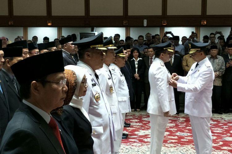 Gubernur DKI Jakarta Anies Baswedan melantik pejabat wali kota dan eselon II di Balai Kota DKI Jakarta, Jalan Medan Merdeka Selatan, Kamis (5/7/2018).