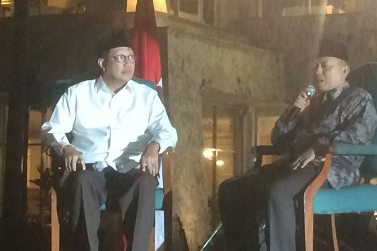 Menteri Agama Lukman Hakim Saifuddin saat berdiskusi dengan para guru pendidikan agama Islam, Jumat (13/7/2018).