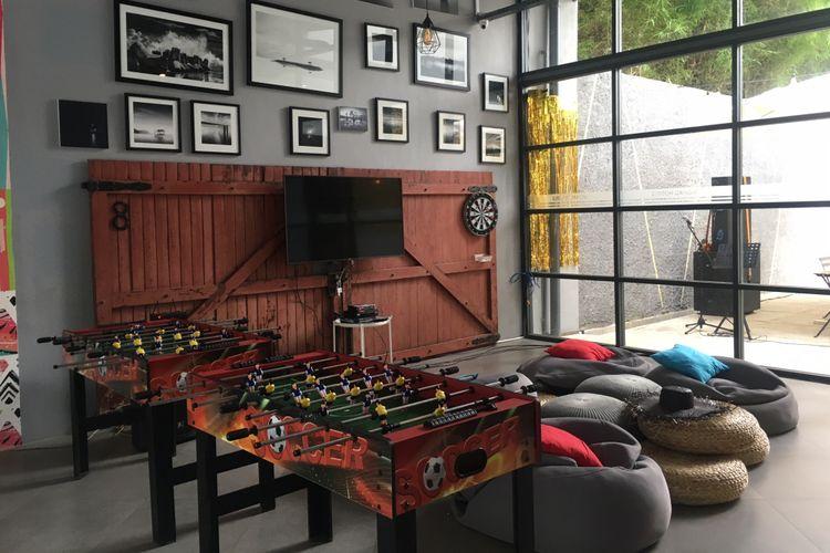 Fasilitas social room di Nomad Hostel Kemang, Jakarta Selatan, Rabu (8/8/2018).