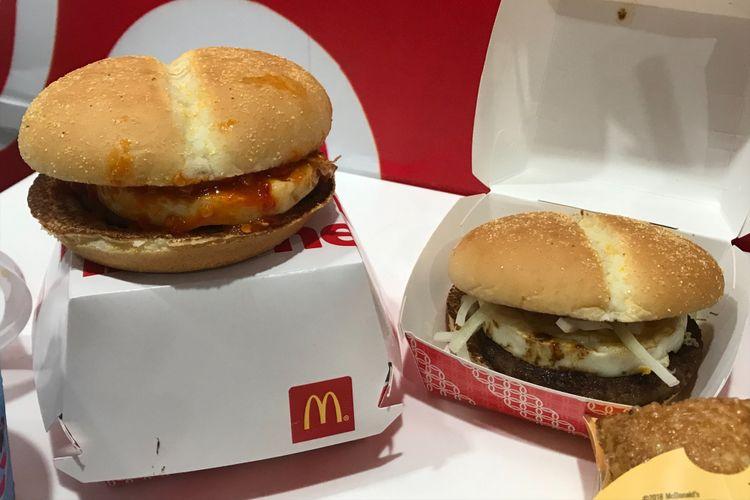 Burger balado dan burger rendang.