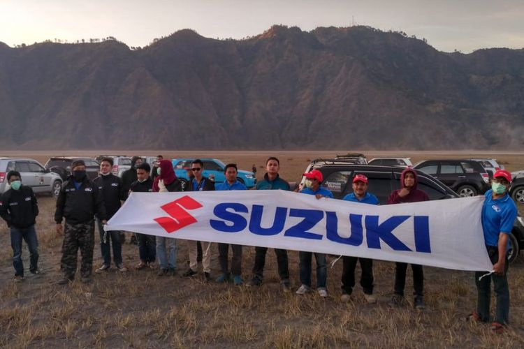 Komunitas Suzuki Grand Vitara adakan Jamnas dan Munnas di Bromo.