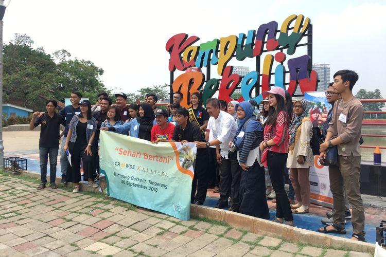 Berkunjung ke Kampung Bekelir dalam acara Sehari Bertani dari Crowde dan Kultara, di Kelurahan Babakan, Kota Tangerang, Minggu (30/9/2018).