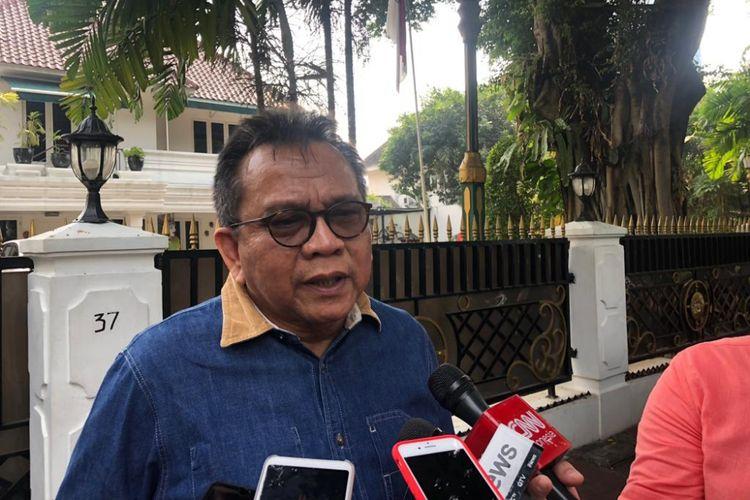 Ketua DPD Partai Gerindra DKI Jakarta Mohamad Taufik usai menemui Ketua DPRD DKI Jakarta Prasetio Edi Marsudi di Jalan Imam Bonjol, Selasa (16/10/2018).