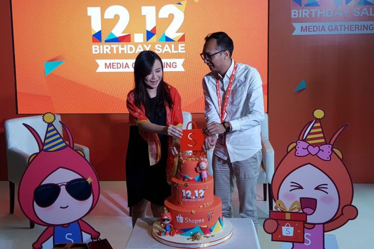 Christin Djuarto, Director of Shopee Indonesia dan Rezki Yanuar Country Brand Manager Shopee, Jakarta, Rabu (28/11/2018).