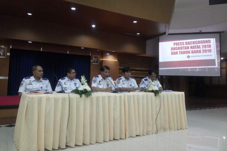 Konferensi pers Kementerian Perhubungan terkait kesiapan pelayanan Natal dan Tahun Baru 2019 di Kementerian Perhubungan, Rabu (5/12/2018).