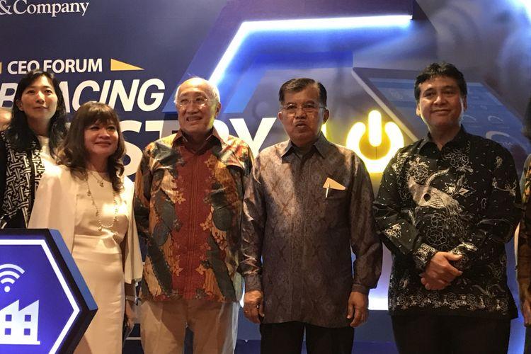 Wakil Presiden Republik Indonesia (RI) Jusuf Kalla dalam acara CEO Forum Embracing Industry 4.0 Opportunity di Ritz-Calrton Pacific Place Jakarta Pusat, Senin (10/12/2018)