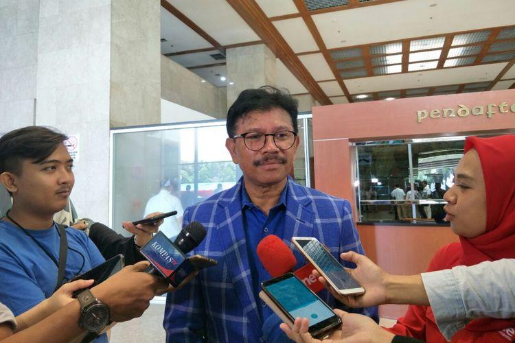 Sekretaris Jenderal Partai Nasdem Johnny G Plate di Kompleks Parlemen, Senin (11/2/2019).