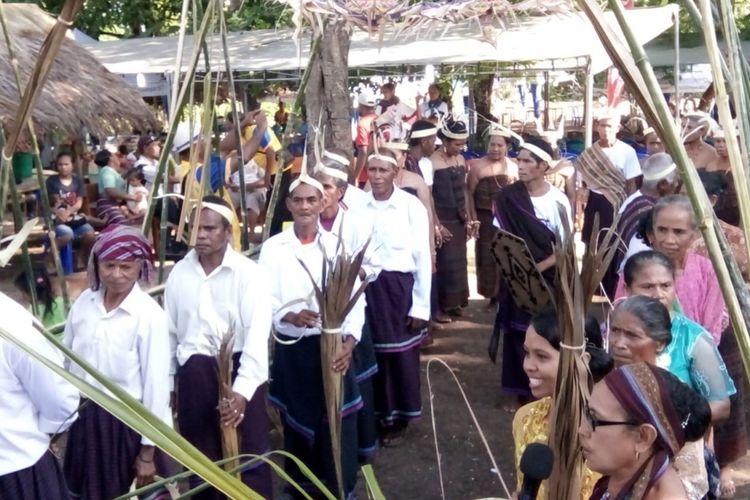 Festival bertajuk Duli Gere, Lewo Ra e Malu di Lewobata, Nusa Tenggara Timur menampilkan beragam acara seperti karnaval Nale, Tarian Kolosal, Kuliner Nale dan Guti Nale itu sendiri.