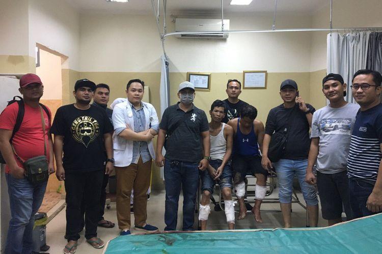 Afis alias David dan Syahril dua tahanan Polresta Palembang yang sempat kabur usai menjalani perawatan di rumah sakit. Keduanya dilumpuhkan dengan tembakan di kaki lantaran mencoba melawan.
